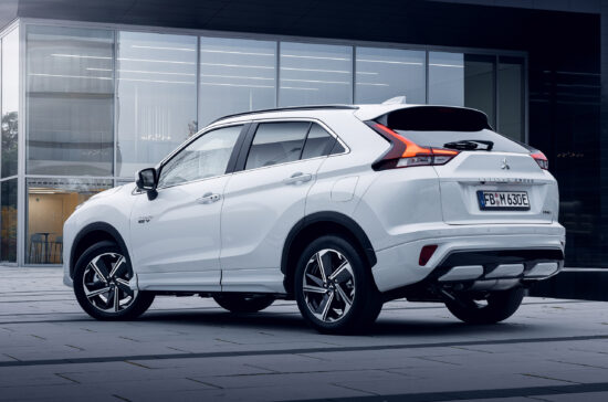 Eclipse Cross PHEV - Altenburg Garage 7
